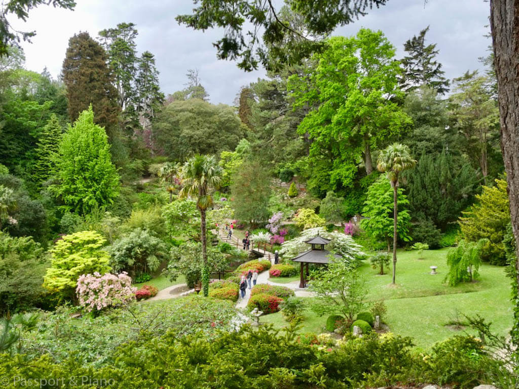 travel photo of a garden