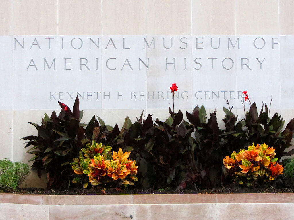 Museeum facade National Museum of American History
