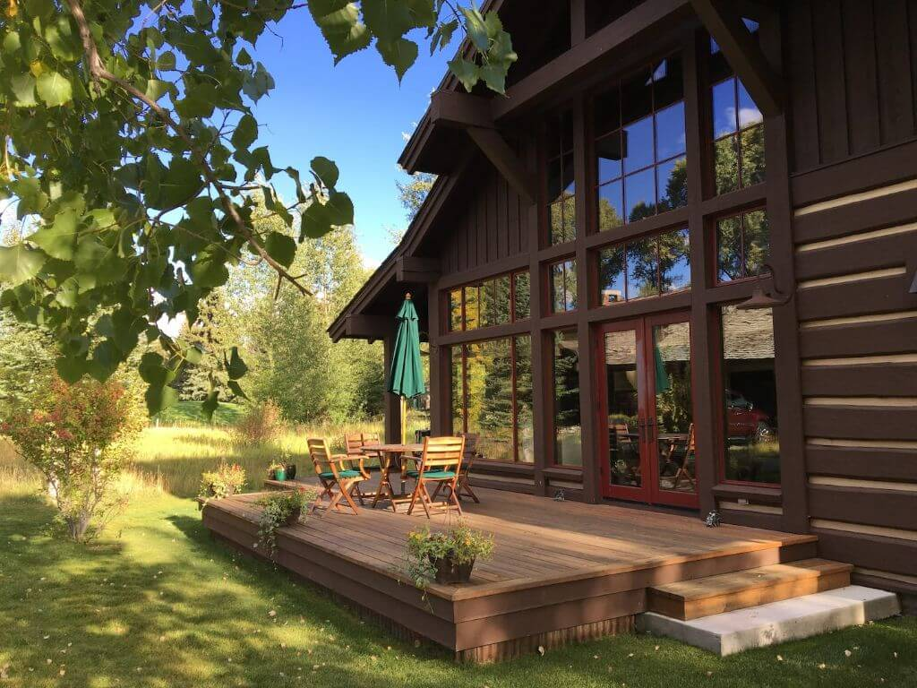 charming airbnb cabin outside