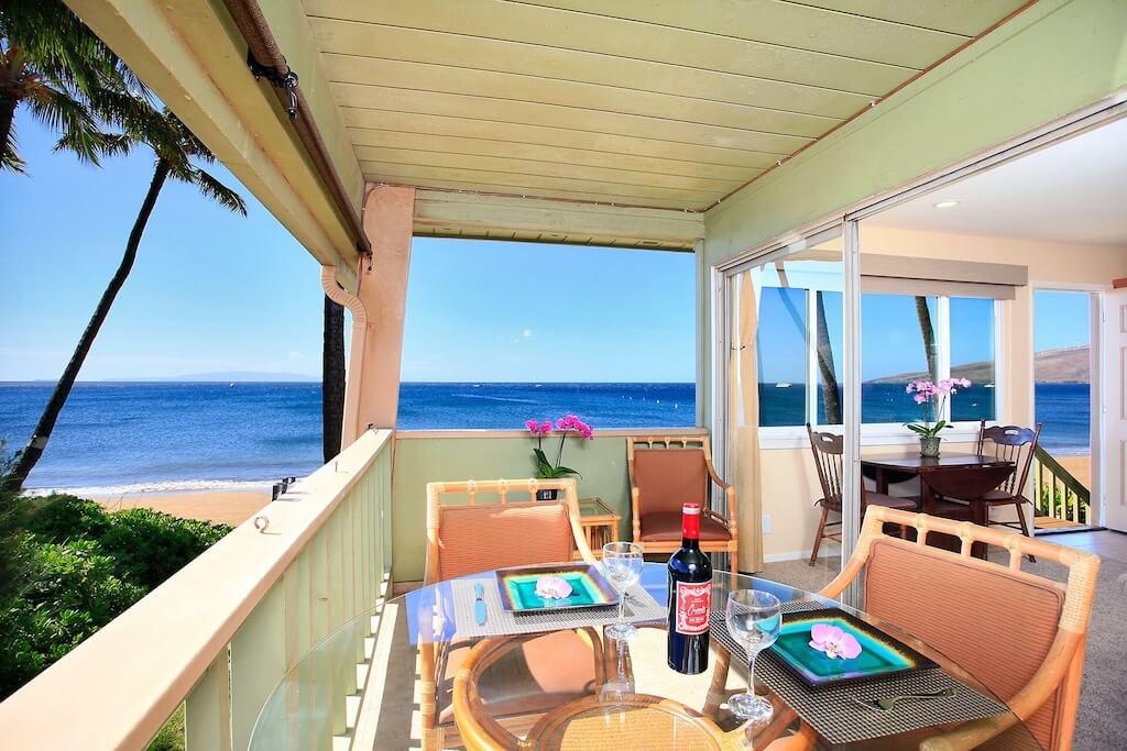 lanai over the beach