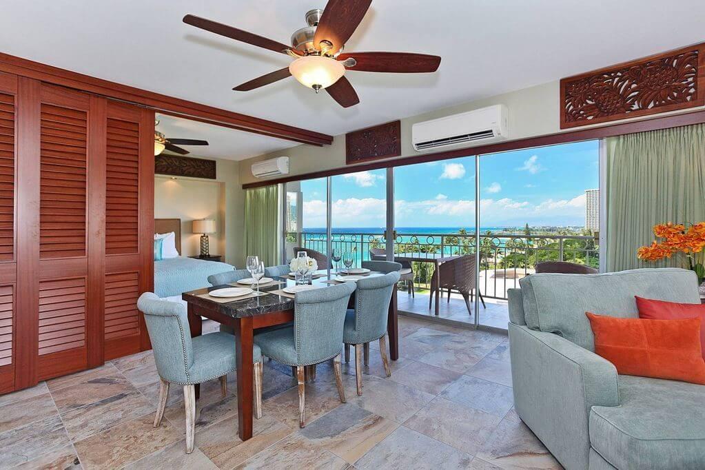 room interior with lanai ocean view