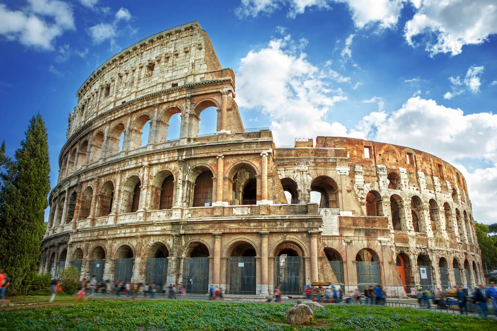 Colosseum in Rome, must-see on an Italy 10 day itinerary