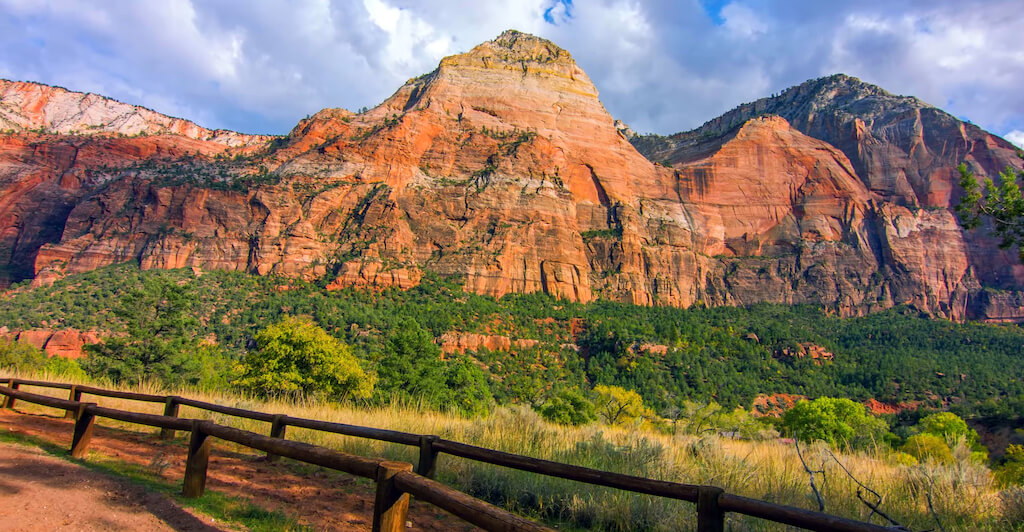 Zion Canyon view from trail