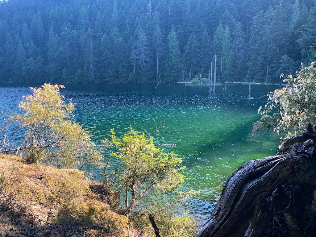 emerald green lake
