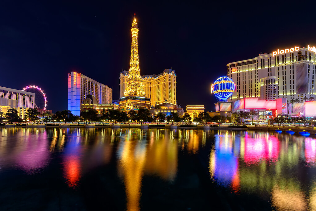 Las Vegs hotels and casinos illuminated at night