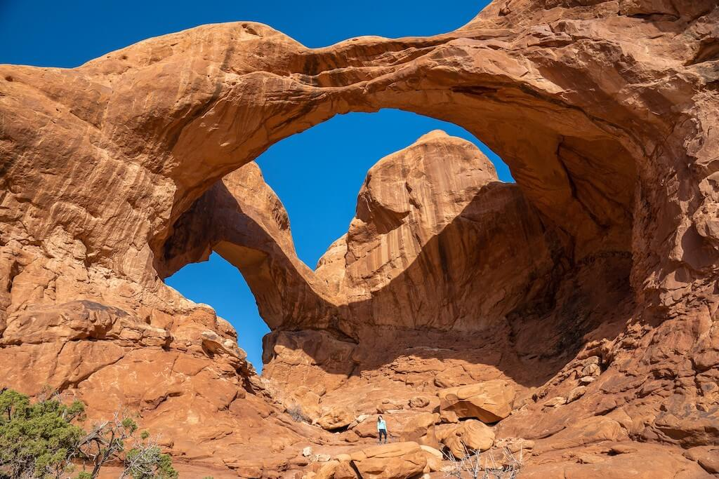 red rock arches in Moab