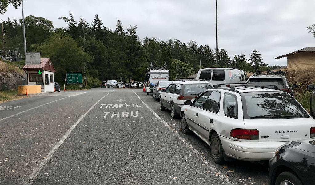 inter-island ferry car lineup